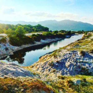 Dòng sông đôi bờ cát trắng – Sơn Hào – Quan Lạn